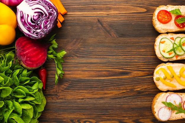 Arranjo vegan com espaço para texto