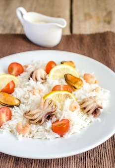 Arroz basmati com frutos do mar