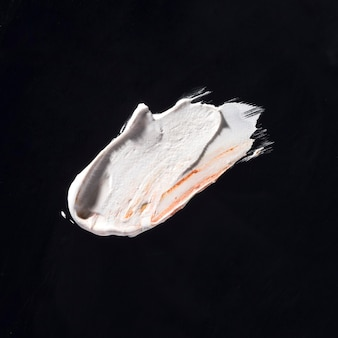 Arte abstrata de traçado de pincel branco