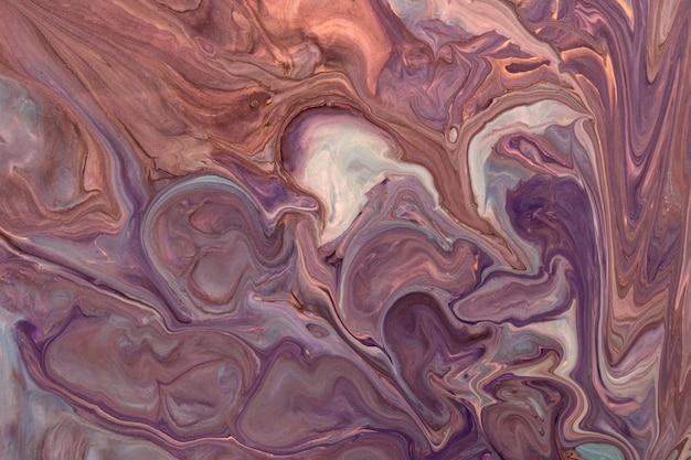 Arte abstrata fluida de fundo marrom escuro e cores roxas
