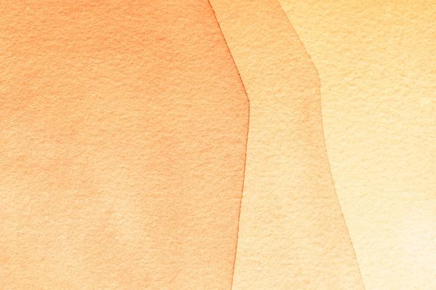 Arte abstrata fundo corais claros e bege. pintura em aquarela sobre tela com manchas marrons e gradiente.