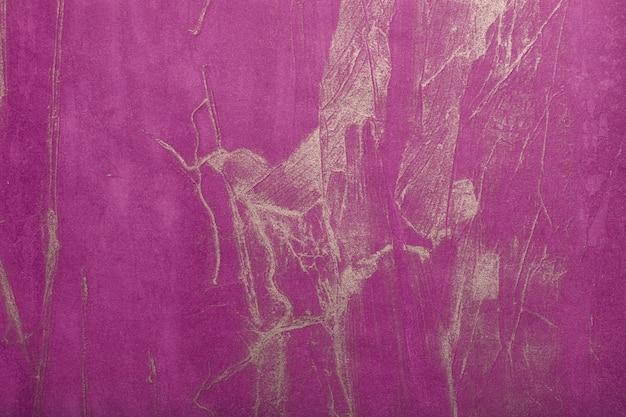 Arte abstrata fundo roxo escuro com cor dourada. pintura lilás sobre tela. fragmento de arte violeta. pano de fundo de textura. papel de parede decorativo para vinho.