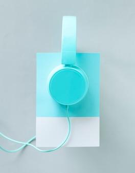 Arte de artesanato de papel de fones de ouvido