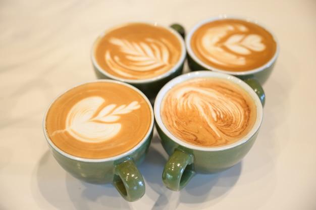 Arte de café com leite, xícara de café