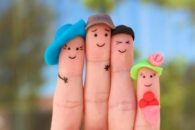 Arte dos dedos da família em férias.
