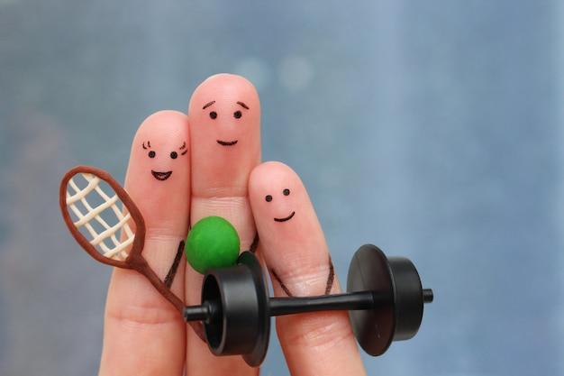 Arte dos dedos de uma família feliz nos esportes.