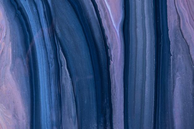 Arte fluida abstrata fundo azul marinho e cores roxas. mármore líquido. pintura acrílica com gradiente violeta.