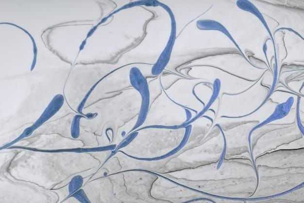 Arte fluida abstrato fundo cinza claro e cores de brilho azul. mármore líquido