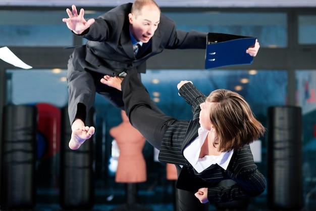 Artes marciais esporte treinamento e negócios
