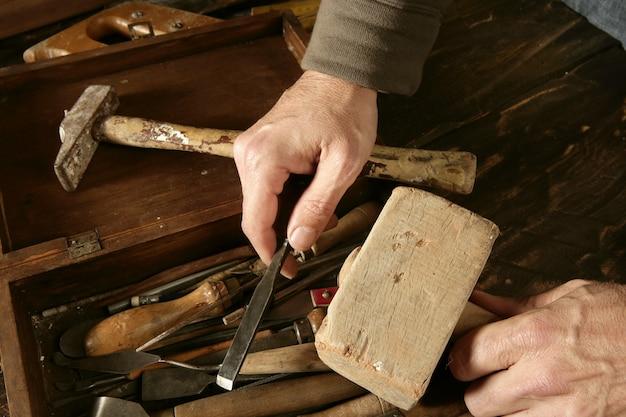 Artesão de carpinteiro craftman artista de ferramentas