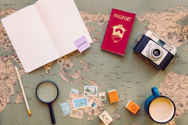 Artigos de bloco de notas e turismo