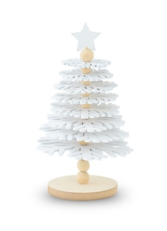 Árvore de natal de madeira branca isolada no fundo branco