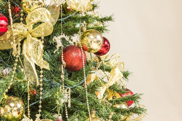Árvore de natal e decoração