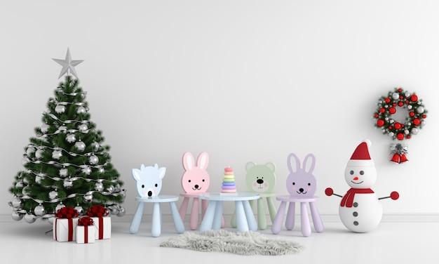Árvore de natal e mesa no quarto de criança