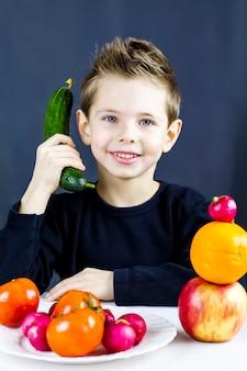 As crianças adoram legumes e frutas