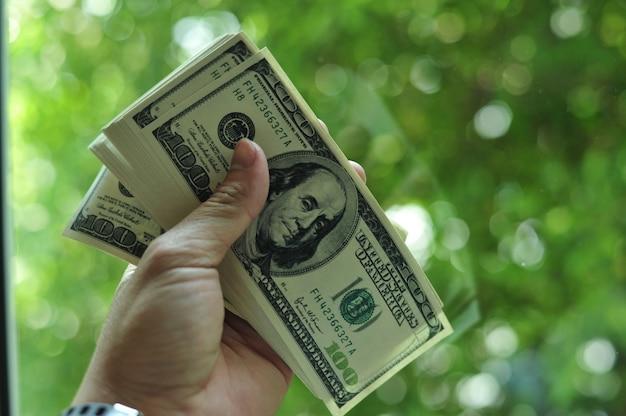 As finanças são financeiramente gratificantes.