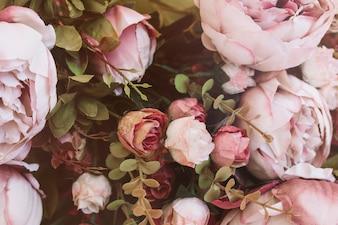 As flores bonitas do casamento fecham-se acima do fundo da vista
