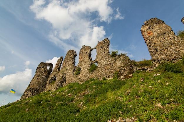 As ruínas do castelo