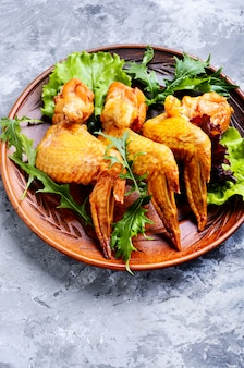 Asas de frango defumado