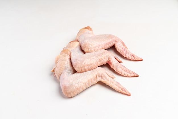Asas de frango fresco