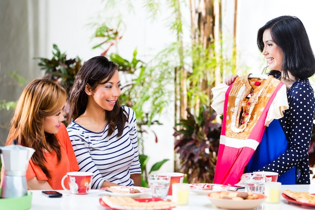 Asiáticos são conscientes da moda