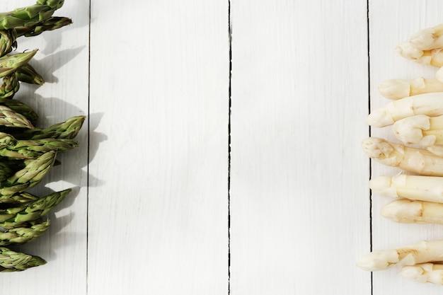 Aspargos frescos