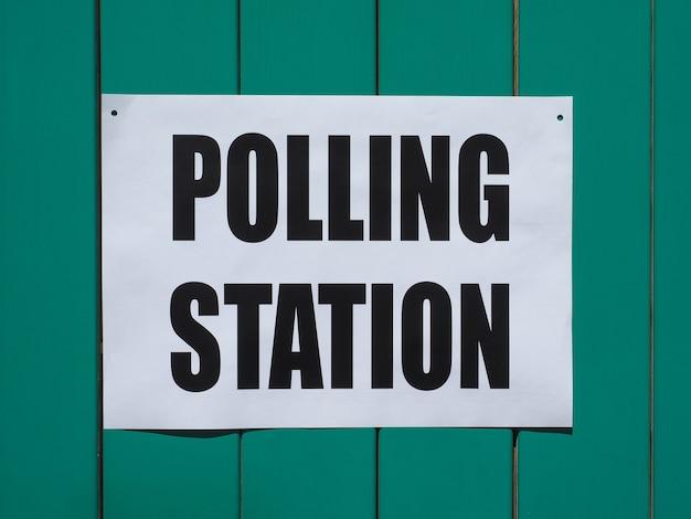 Assembleia de voto das eleições gerais