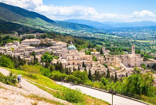 Assis medieval, umbria, itália