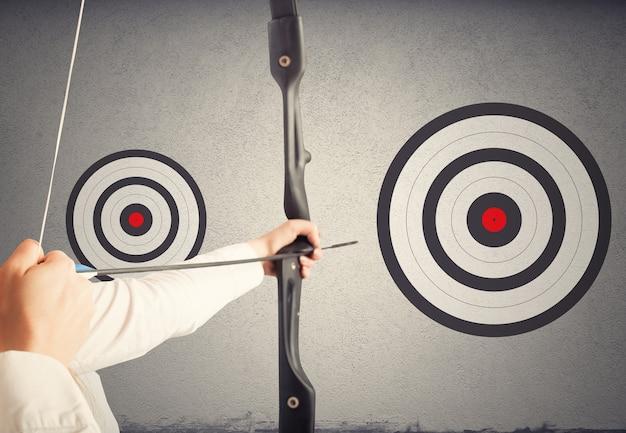 Atingir o maior alvo. atingir objetivos mais importantes no conceito de trabalho