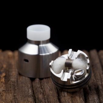 Atomizador de gotejamento rebuildable para caçador de sabor na textura de madeira natural