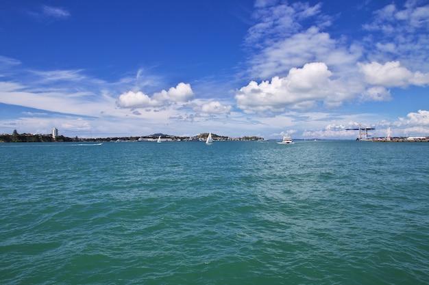 Auckland é uma cidade bonita na nova zelândia