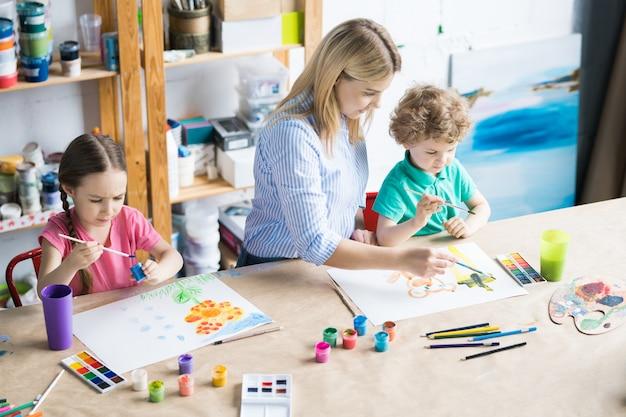 Aula de arte para crianças