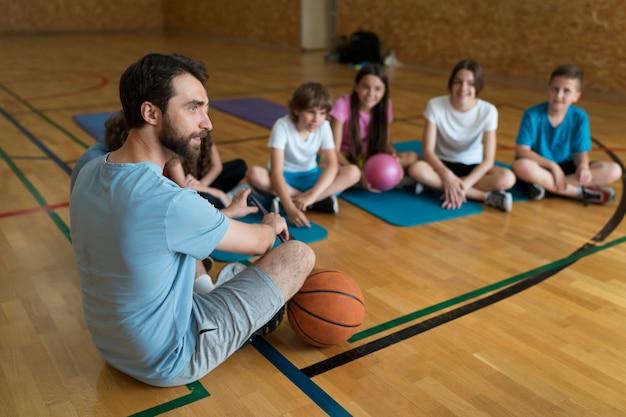 Aula de educação física completa