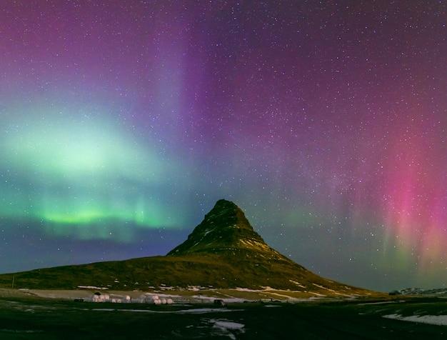 Aurora boreal aurora islândia