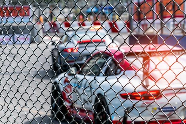 Automobilismo na estrada de asfalto