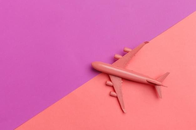 Avião modelo, avião rosa pastel