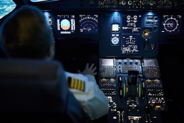 Avião no piloto automático