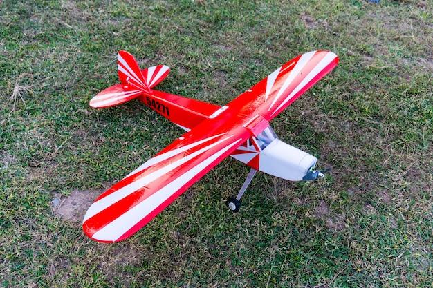 Avião para controle remoto de redio