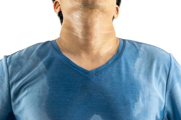 Axila o suor e o odor do corpo masculino fundo branco