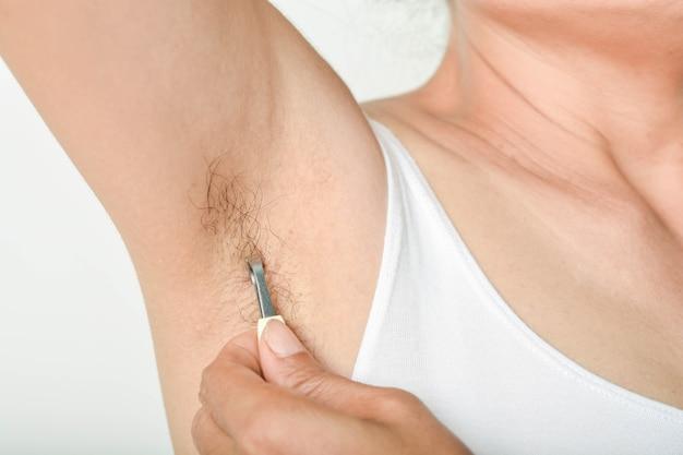 Axilas e cabelos das mulheres
