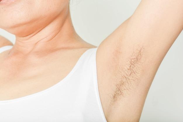 Axilas e peludo de mulheres