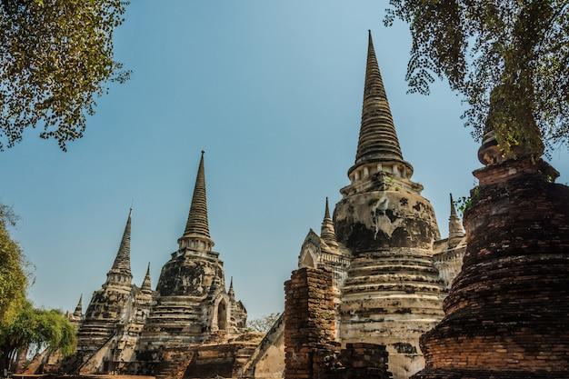 Ayutthaya, tailândia ruínas e antiguidades no parque histórico de ayutthaya