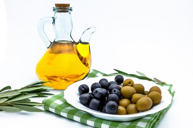 Azeitonas e azeite
