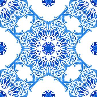 Azul e branco abstrato desenhado à mão com textura de azulejo sem costura ornamental padrão aquarela