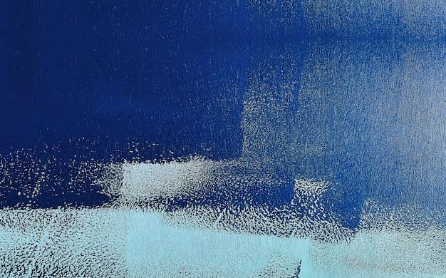 Azul marinho cor pintada sobre fundo de madeira de grunge. elementos para decoração e design