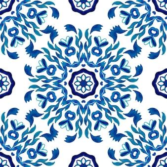 Azulejo abstrato azul e branco desenhado à mão sem costura abstrato texturizado damasco