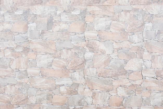 Azulejos com padrão e rachaduras