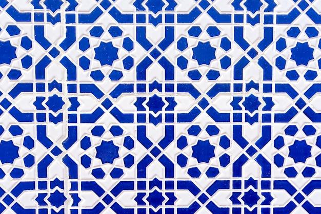 Azulejos marroquinos com padrões tradicionais árabes, padrões de telhas cerâmicas como textura de fundo