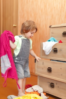 Baby girl escolhe vestido