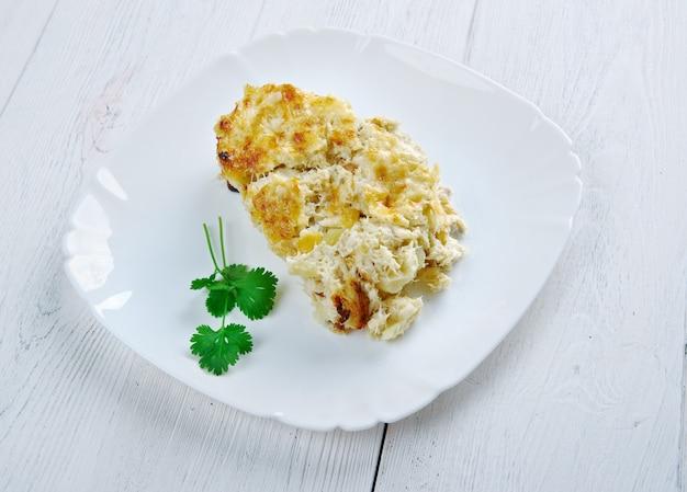 Bacalhau com natas caçarola de peixe com batata